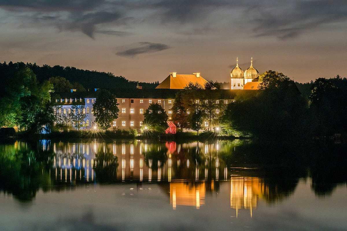 Abendliches Kloster Seeon